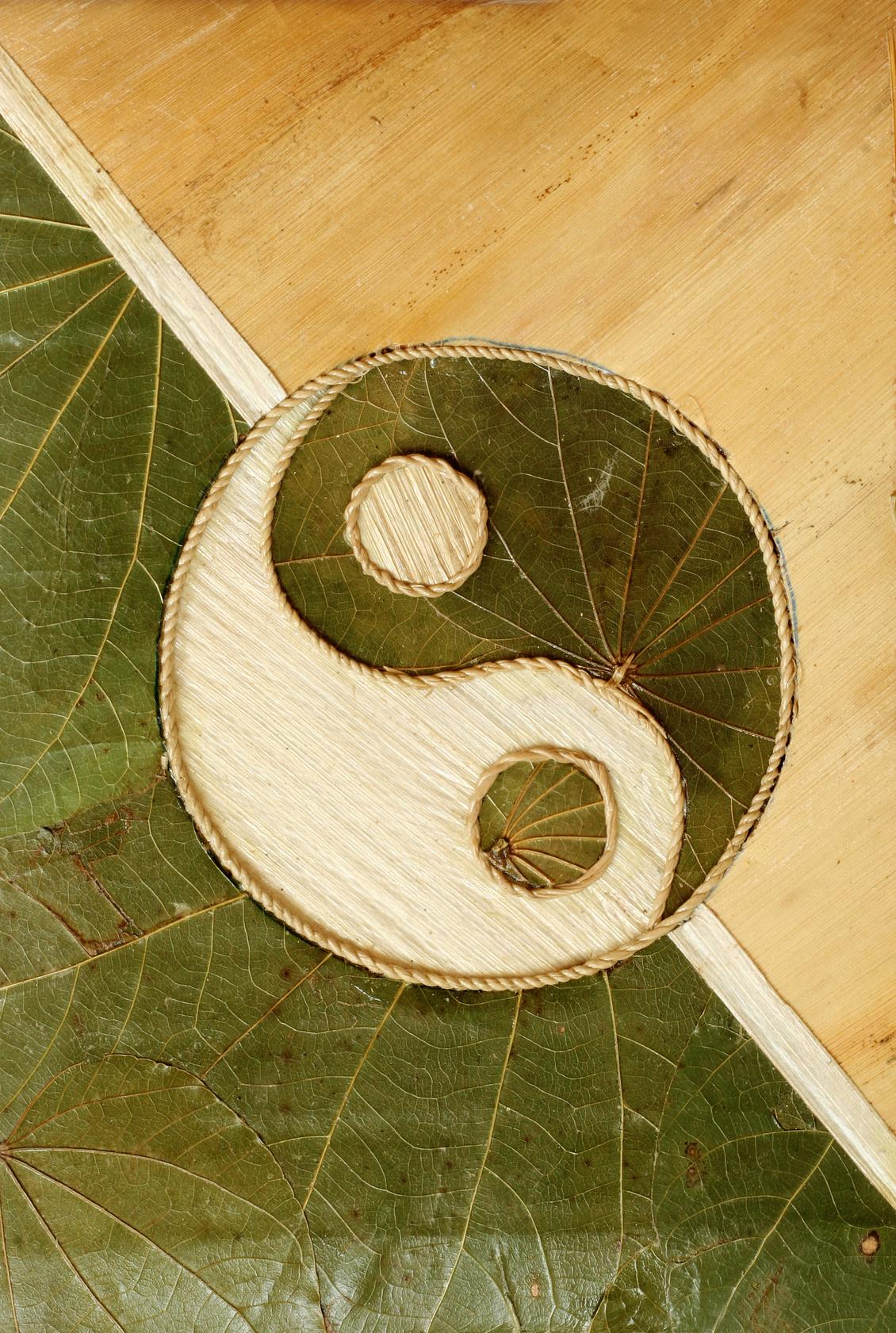 standardyingyangdriedleaves_acupuncture.guru Nailsworth Glos