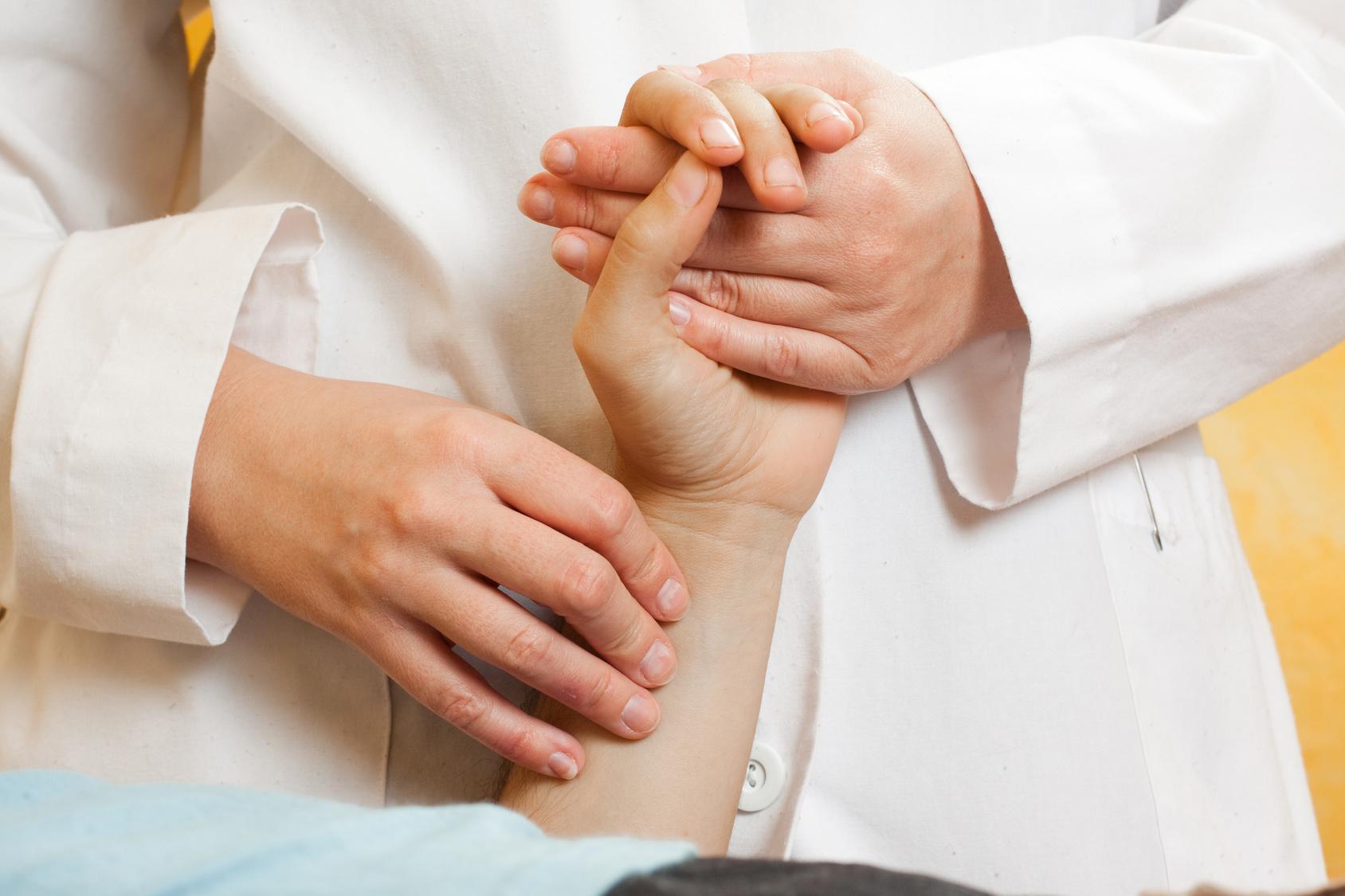 TCM consult doctor_acupunctureguru Nailsworth Glos